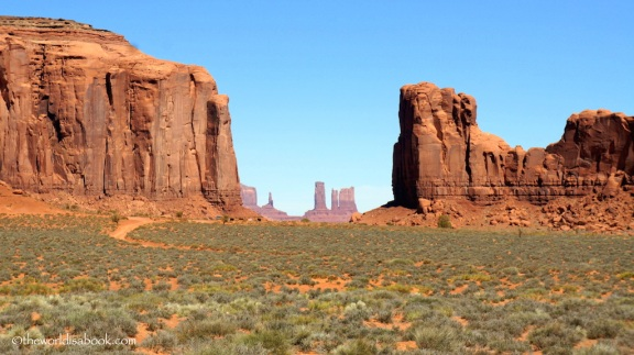 Monument-Valley-North-window.jpg